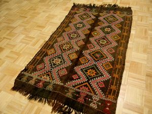tiftickjian-sons-turkish-rugs-2