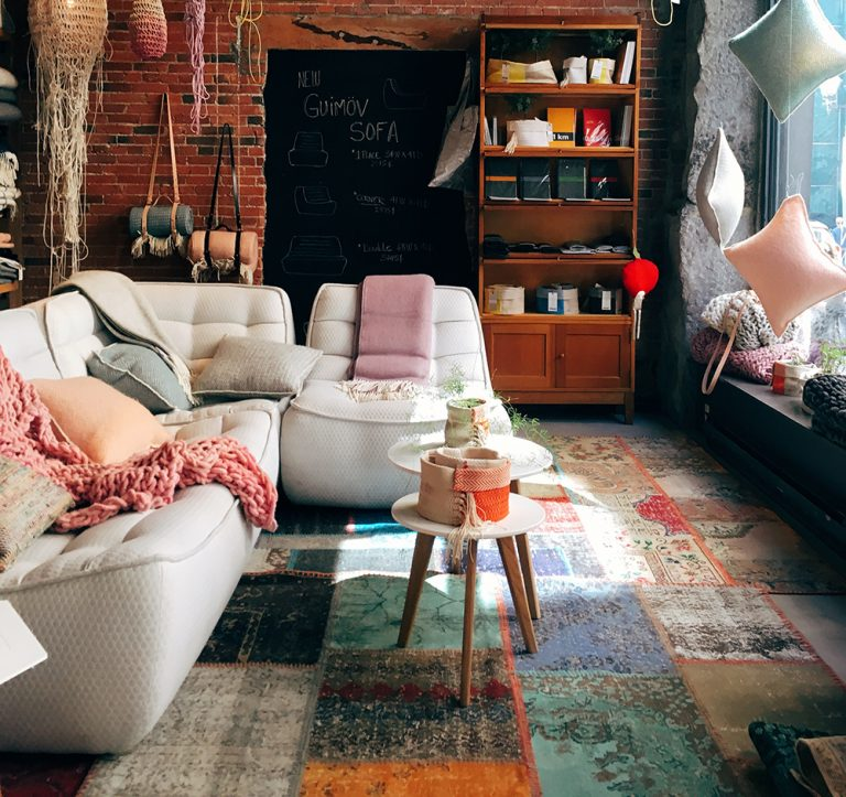Read more about the article Interior Designing & Oriental Rugs
