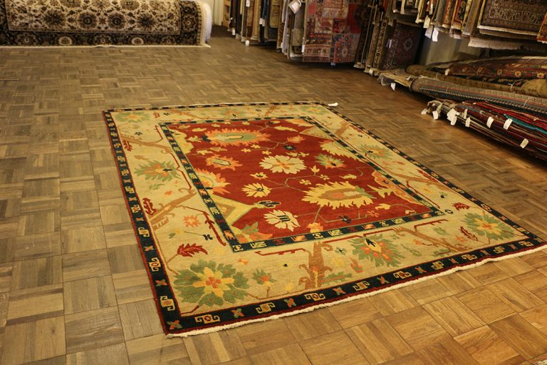 Read more about the article How to Judge Quality of Oriental Rugs