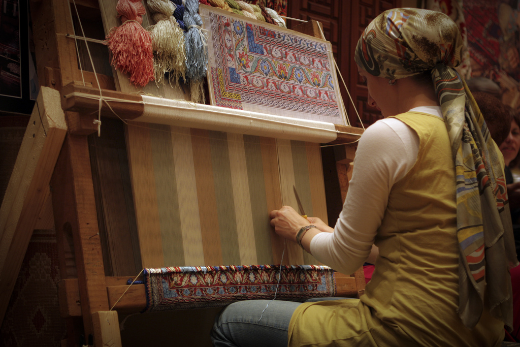 How Oriental Rugs Are Made. 3807092914_300eab065c_b